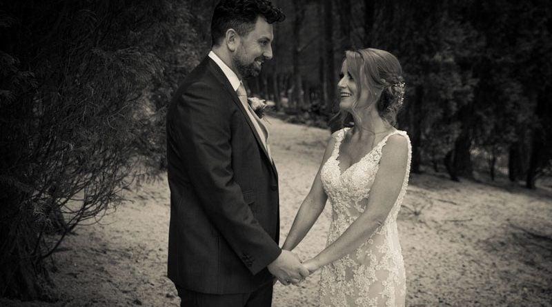 Melissa-and-Robert-Saddleworth