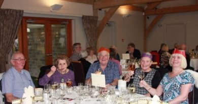 Annual Saddleworth Round Table Old Folks Christmas Party Another Great Success!