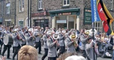 Saddleworth Brass band 2007
