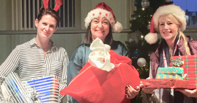 Pearsons Solicitors-Play-Santa-to-Senior-across-Saddleworth