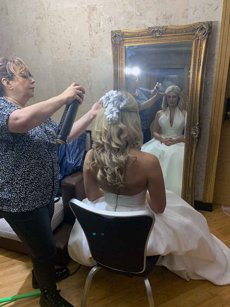 around-saddleworth-magazine-wedding-photoshoot-limited-edition-hair-studio-envision-images-8