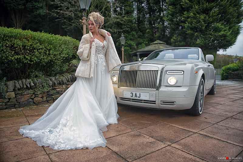around-saddleworth-magazine-wedding-photoshoot-saddleworth-hotel-envision-images