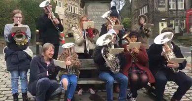 dobcross-youth-band-raise-extra-brass