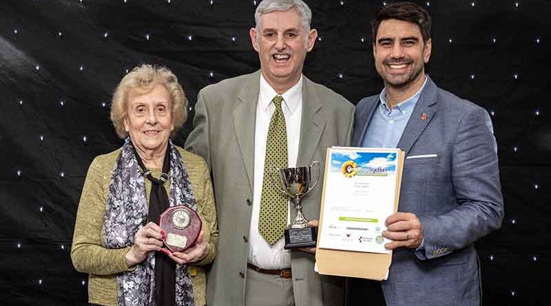 grasscroft-gardeners-double-delight-at-winning-award