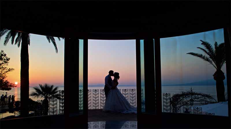 around-saddleworth-magazine-win-your-wedding-photoshoot