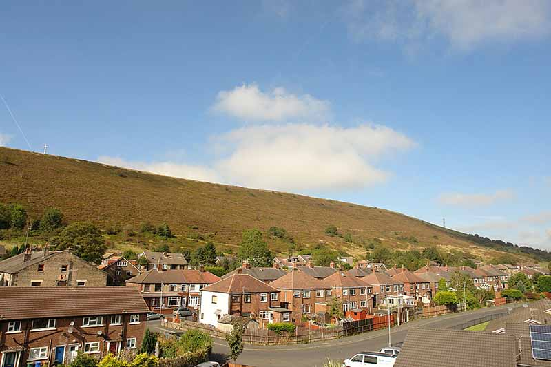 kirkham-property-20-shire-croft-mossley-rearview