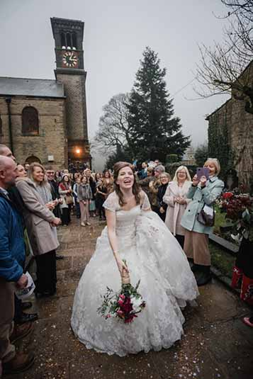 liz-baker-wedding-photographer-saddleworth-wedding