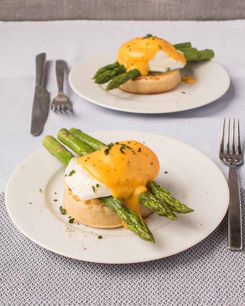 British-asparagus-poached-egg-and-hollandaise-on-a-crumpet