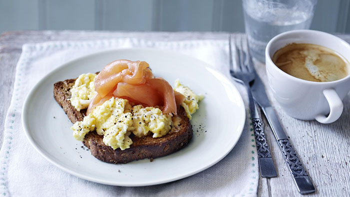 scrambled-egg-toast-toasty-treats