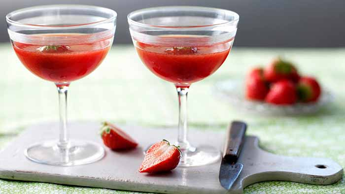 sizzling-summer-cocktails-strawberry-diaquiri