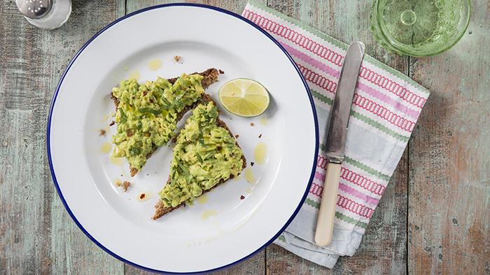 smashed_avocado_on_toast_top-ten-toasty-treats