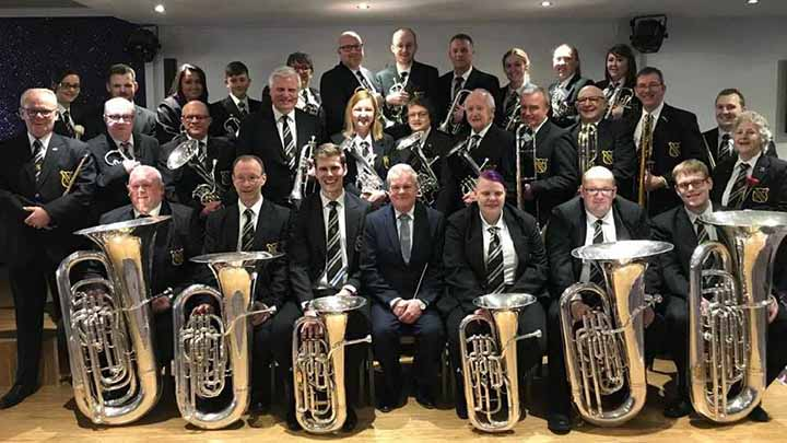 uppermill-band