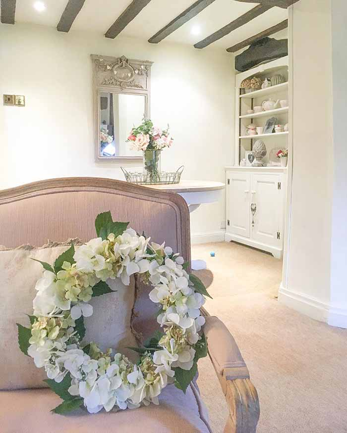 cottage-by-me-faux-floral-wreaths-saddleworth